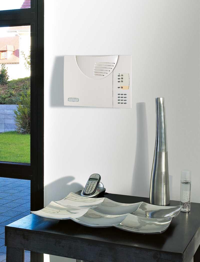 funkalarmanlage daitem d16 sicherheit f r ihr zuhause. Black Bedroom Furniture Sets. Home Design Ideas
